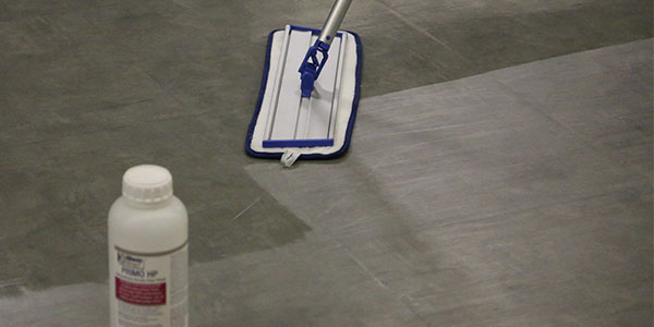 even application with flat mop microfiber pad